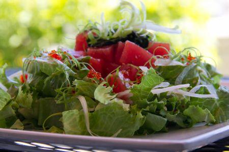Spicy Hawaiian Poke Salad